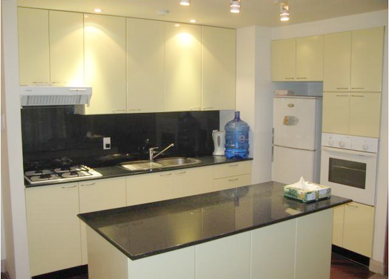Serviced apartment for rent in District 3, HCMC - 2 bedrooms